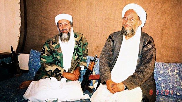 賓拉登(左)死後,由札瓦希里(右)繼位,而他所領導的蓋達組織,正被伊斯蘭國蠶食市場。