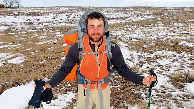 大學一畢業就揹96萬學貸,錢不能不還,但伊格納斯,選擇自己還債的方式,到極北的遠方打工壯遊。