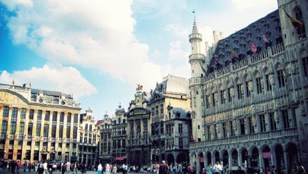 五座歐洲首都的一日漫步》對自己好一點,開始旅行吧!