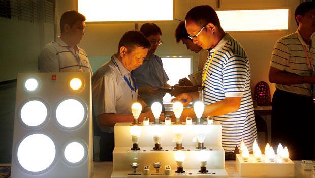 LED燈泡成為國際市場主流,今年產值達353億美元,年成長率近5成。
