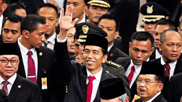 印尼總統佐科威,這名字是個法國商人給他取的綽號,他的平民作風和當地政治人物也大不相同。
