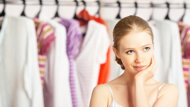 衣服老是長黑斑…除濕劑你擺對了嗎?5招打擊衣櫃霉味
