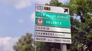 想到法國自助旅行,先看懂這20個交通號誌!