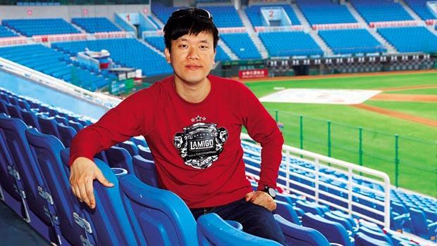 作為首支採屬地主義的球隊,劉玠廷選擇認養桃園國際棒球場,施展主場才能有的創意。