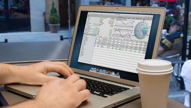 投資新手最不該問的第一個問題:現在股市有點高,可以買嗎? - 商業周刊