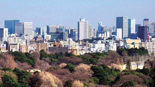 安倍經濟學帶動企業投資,日本的商用市場火熱,外資搶買東京大樓。