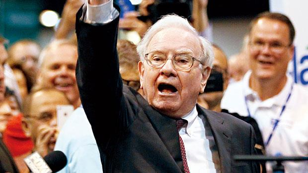 巴菲特手中股票跌跌不休,大家都在看股神會不會逢低買進。
