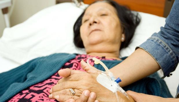 母親驟逝》醫師告白:此生最後悔!媽媽生前健檢時,我居然沒做這件事...