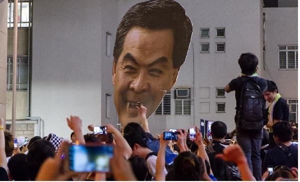 無能的領導人 才是香港根本的問題