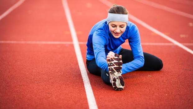 慢跑族注意!》跟著醫師暖身6動作,遠離跑步運動傷害