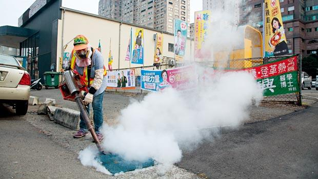 氣爆陰影猶存,讓民眾對噴藥驅蚊的觀感不佳。