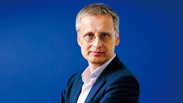 英國牛津大學網路研究所網路監理與管理學系教授:麥爾荀伯格