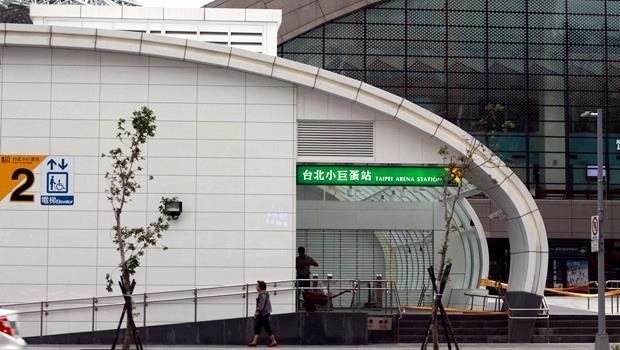 多益常考》捷運松山線上路,「免費」搭乘除了free,還能怎麼說?