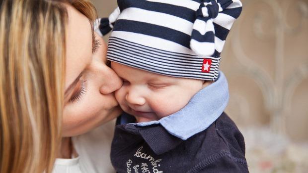 一個女人的掙扎:想當個好母親,就必須要為孩子犧牲?