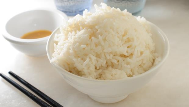 平平都是澱粉,為什麼減肥時,吃壽司飯比吃白飯好?