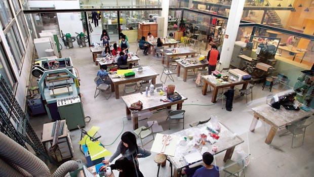 由大同大學實習工廠改造而成的「未來產房」,是目前全台最大創客空間,提供創客們假日切磋手藝,共同實作的場所。