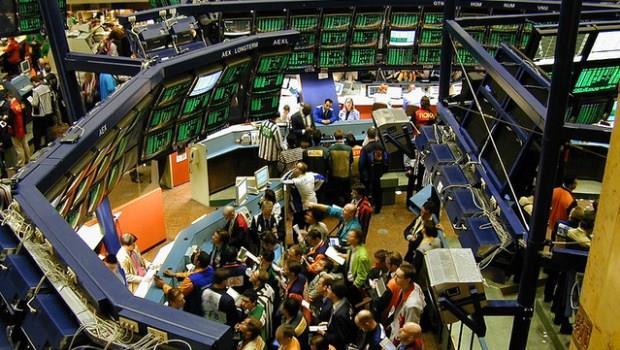 一次搞懂影響股市的三大主角:資金、景氣、投資人