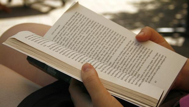 看到英文小說就害怕?這10本簡單有趣經典作,保證看得完