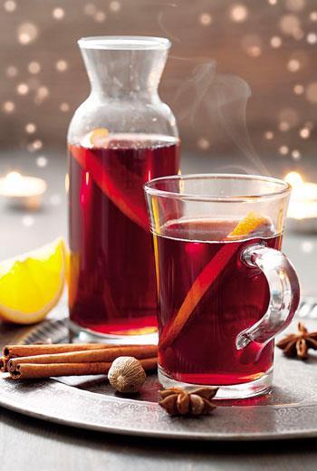Mulled Wine》用熱紅酒在歐洲過冬