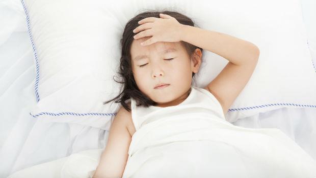 感冒季節必看》孩子發燒過了頭,會引發熱痙攣嗎?