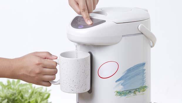 電熱水瓶出現「水垢」該怎麼清?用這個,輕鬆恢復亮晶晶!