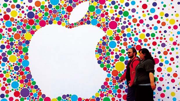 世界各國摩拳擦掌,一場反避稅大戰剛要開打,蘋果、臉書等各大跨國公司藏在海外的「海角千億」,恐將無所遁形。