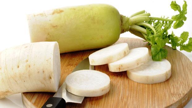 你買的「白」蘿蔔不是微黃色?小心吃下農藥、漂白水和螢光增白劑