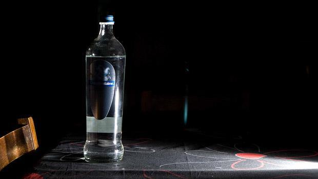 一瓶水5千多元,喝了能養生治百病?揭開「能量水」裡頭的祕密