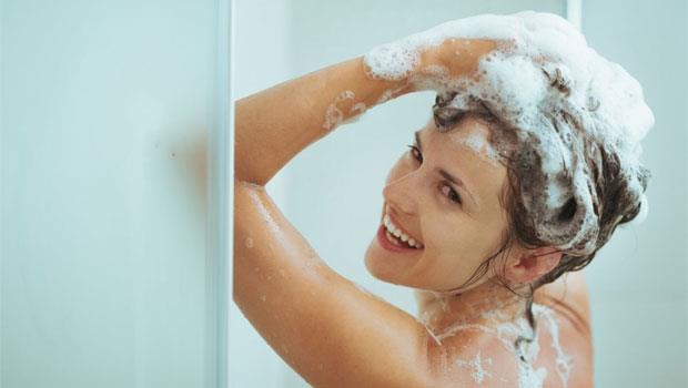 油垢、沾血的衣服都能清!「洗髮精」超意外的三種用法