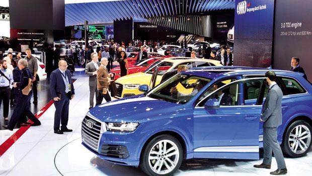 車市加溫5%》全球車市平均年成長5%,隨著車廠往亞洲建供應鏈,更多利基型汽車零組件台廠,將嶄露頭角。