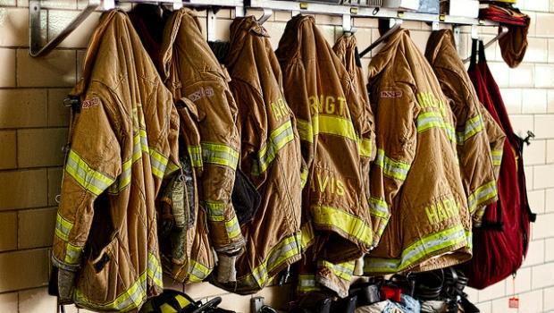 訓練急就章、沒有救災機器...消防員之死,政府殺人?