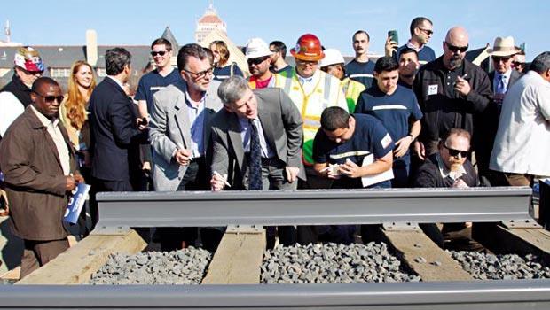 加州高鐵1月6日動工,預計2028年完工,舊金山到洛杉磯的交通時間,估計由原先6小時縮短到2個半小時。
