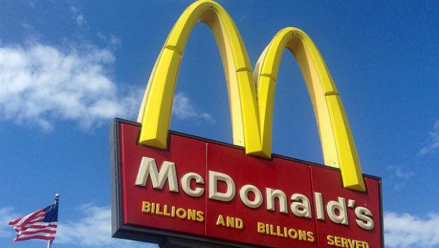 在美國人心中,只有3種人會去麥當勞:窮人、胖子、可憐人
