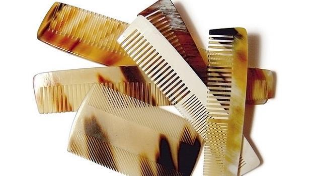 破解傷害頭髮7個元凶:常梳頭髮會刺激頭皮?其實每天疏X下就夠了!