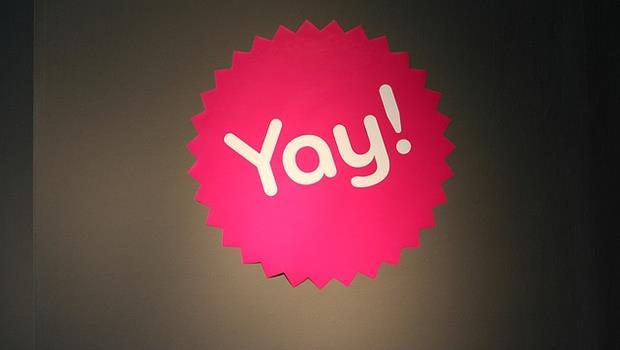 「耶~」別再打成YA了!一次搞懂英文yeah、ya、yay、yah的差別 - 商業周刊