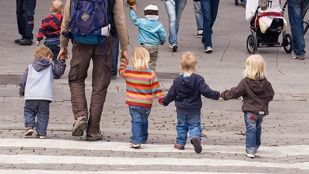 讓科學家告訴你:家中排行老幾最聰明?老大、老二......還是老么?