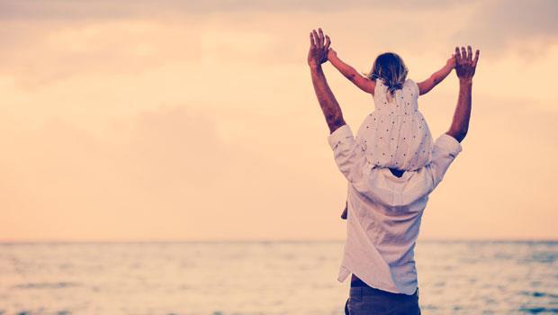 「你還答應了帶我去旅行啊…」小時候老嫌爸爸煩,現在他卻再也回不來了
