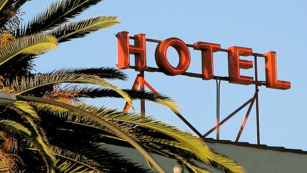 來台觀光客人數破千萬!投資這些飯店,不怕「住套房」