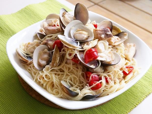 減肥族看過來》義大利麵這樣煮!不只簡單好吃,一份只要400卡 - 商業周刊
