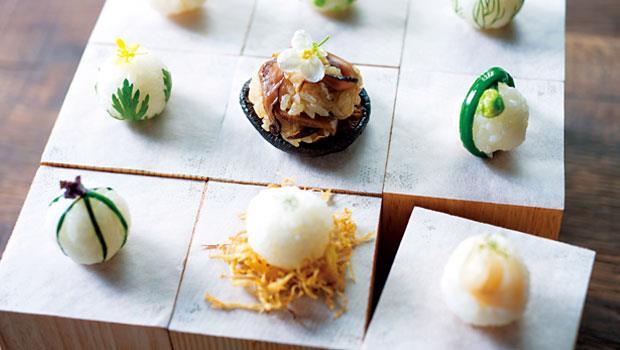 種籽節氣飲食研究室運用春菊、毛豆、茴香、珍珠洋蔥等當季食材,製成「春天米丸子」。