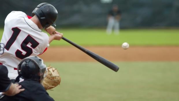 「國恥」!保麗龍板充當全壘打護墊》棒球觀光財,沖繩能台灣為何不能?