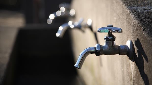 多益想考高分必學!不是limit water,「限水」的英文怎麼說?