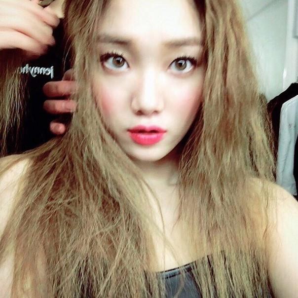 看不懂韓文也可以學!想知道第一手韓劇妝容?7個你該關注的美妝帳號 - 商業周刊
