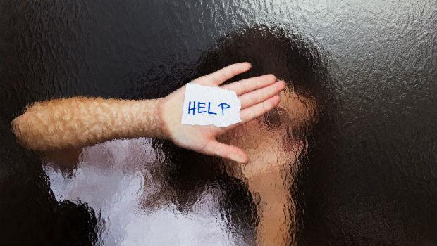 遭病患扯髮毀容...女醫師含淚告白:社會保護病人,誰來保護我?