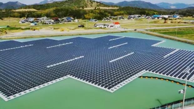 日本打造全球最大「太陽能電廠」,竟蓋在...水庫上!