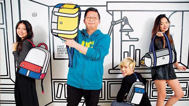 品展設計創辦人-林飛比(圖左2)