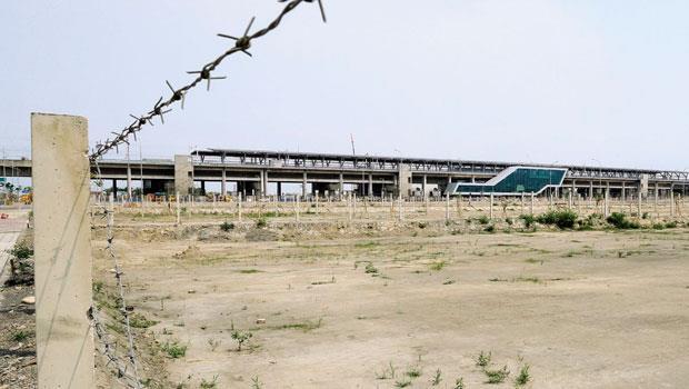 彰化田中高鐵站,這裡,全台地價漲幅第一名人口僅4萬人的田中小鎮,因高鐵進駐炒熱了周遭土地,但一路往上攀升的數字能持續多久,沒人可以保證。