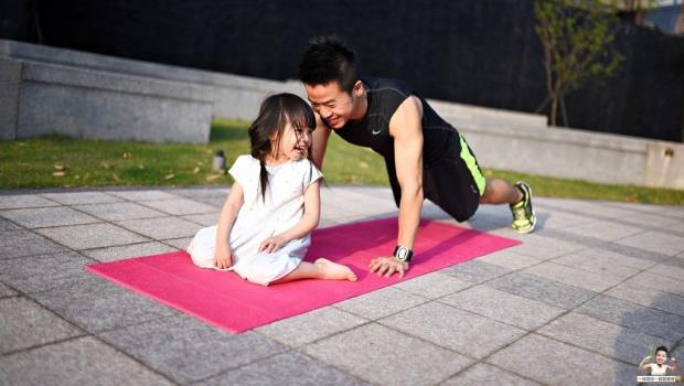 為什麼在家運動需要瑜珈墊?達人一次講解!正確挑選指南