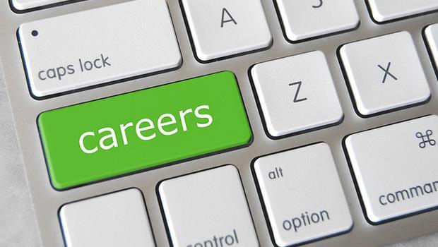 如果有一個職業,我非常有興趣也做得來,但對社會沒什麼貢獻,可以選嗎?