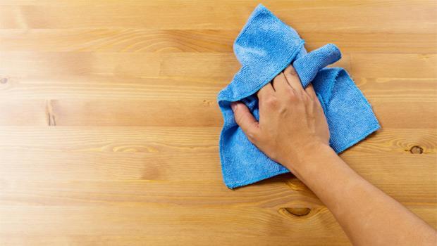 用自來水清洗,養出18億細菌!「髒抹布」的真正剋星是這4法寶